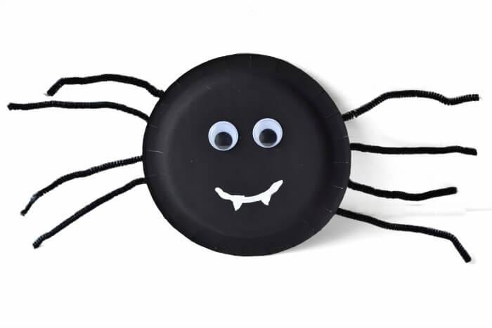 paper plate spider halloween craft