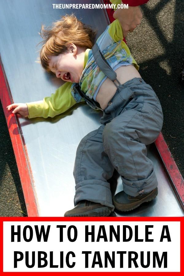 Learn how to deal when your child is having a temper tantrum in public. #tantrum #tempertantrum #kids #parenting